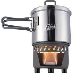 Gaskocher aus Edelstahl mit brennender Flamme