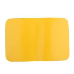 Gelbes, rechteckiges Patch aus Plastik