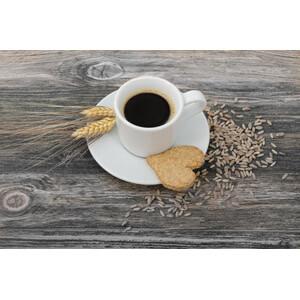 Eine Tasse Malzkaffee mit Keks