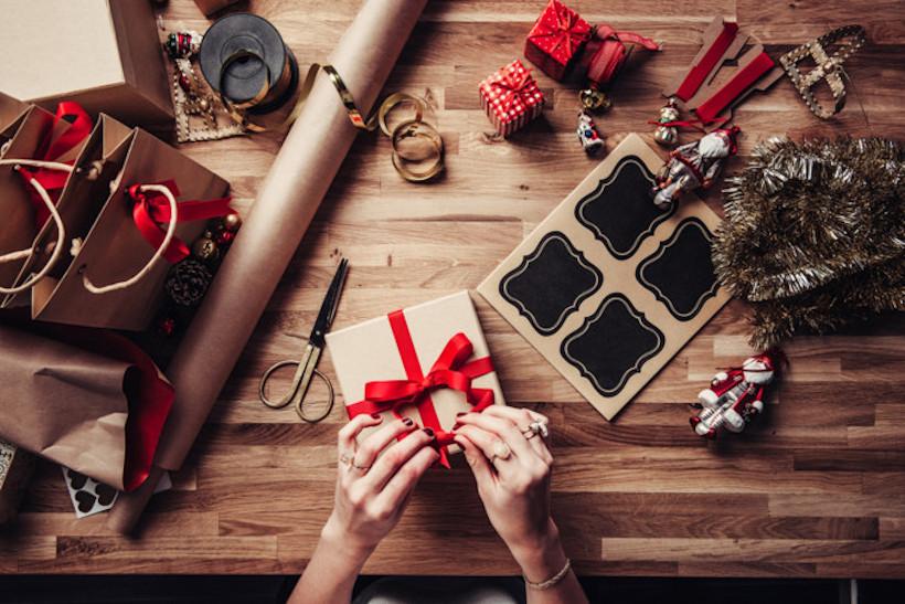 Geschenk Frauen verpacken