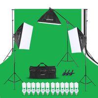 Andoer Foto-Studio-Beleuchtung-Installationssatz 3pcs 50 * 70cm Softbox 12pcs 45W Birne 3pcs 4in1 Birnen-Einfaßung 3pcs 2m heller Standplatz 1pc freitragender Stab 1.6m * 3m Schwarz u. Weißer u. Grüner Kulisse 1pc 2m * 3m Backdrop Standplatz 3pcs Frühlings-Klemme 1 tragender Beutel