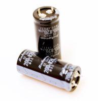 2x Elektrolyt Kondensator Capacitor 820µF 200V 105° 50x22 *2 Stück* #717016
