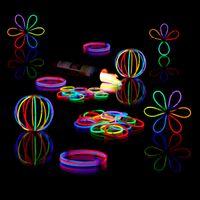 relaxdays 200er Set Knicklichter Partylicht Leuchtstäbe mit Verbinder Glowsticks 7 Farben