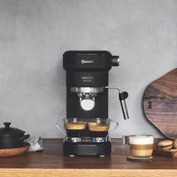 Cecotec Cafelizzia 790 Black Espressomaschine mit 20 Bar, Thermoblock und Dampfrohr.