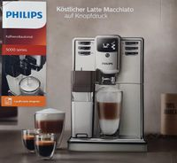 Philips EP5365/10 5000 Serie Kaffeevollautomat, integrierte Milchkaraffe, Edelstahl Front