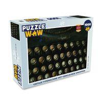 Puzzle 1000 Teile - Alte Schreibmaschine mit verfärbten Tasten