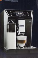 DE LONGHI Kaffevollautomat PrimaDonna ECAM 556.55.SB Class Schwarz/Silber