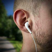 Original Samsung Kopfhörer In-Ear Headset mit Anrufannahme-Taste und Lautstärke-Regler satte Bässe High Quality Stereo Sound EHS64AVFWE Bulk Weiß
