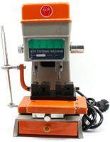 Schlüsselmaschine Schlüsselfräse  Bohrmuldenmaschine Schlüsselfräsmaschine Schlüsselkopiermaschine Sperrwerkzeuge für Schlosser   12000r/min  200W