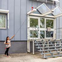 BÜMAG Dachrinnenreiniger Fassadenreiniger Besen mit Teleskopstiel 166 - 390 cm