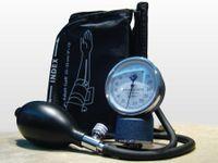 Manual Analoge Blutdruckmessgerät Oberarm mit Manschette Stetoskop Aneroid