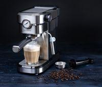 GASTRONOMA 18110001 Espressomaschine Baristo. Siebträgermaschine mit 15 Bar Druck und Milchaufschäumer
