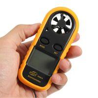 Digitaler Windmesser Handheld Windgeschwindigkeitsmesser Messgeraet Praezise Messung der Windtemperatur Geschwindigkeit Hintergrundbeleuchtung LCD Digitaler Wettermesser