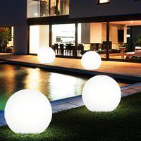 4er Set LED Solar Kugelleuchten in verschiedenen Größen