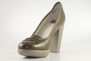 Lacoste Missie Gloss KID Leder Pumps High Heels braun/grau, Schuhgröße:40 EU