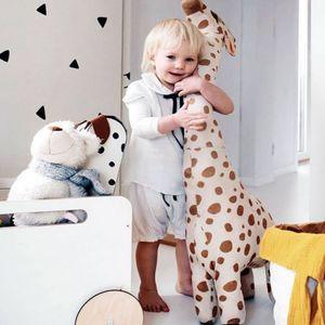 XXL 67cm Giraffe Plüschpuppe (Kann stehen) Kuscheltier Plüschtiere Stofftier Geschenk Für Kinder