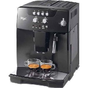 Delonghi ESAM 04.110 B Kaffeevollautomat, Espressomaschine, Kunststoff, 1350 Watt, 15 Bar, 1,8 l F?llmenge, 200 g Bohnenbeh?lter, Einstellbare Br?htemperatur, Integriertes Mahlwerk, Milchaufsch?umer, Abschaltautomatik, Reinigung + Entkalkungsfunktion