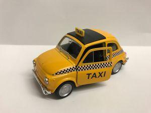 Welly Fiat 500 Taxi - Spielzeugauto aus Metall
