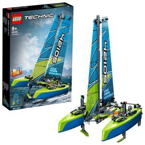 LEGO 42105 Technic Katamaran, Motorboot, 2in1 Spielzeug für Kinder ab 8 Jahre, Boot fürs Spielen im Wasser geeignet