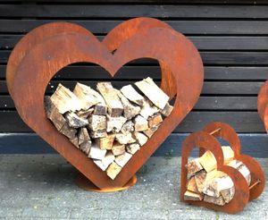 Herz aus Metall - Holz-Regal - Edel-Rost - Garten Terrasse - Deko - L