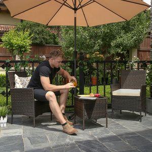 SONGMICS 3er Set Gartenmöbel aus Polyrattan | Gartentisch mit 2 Stühlen | Beistelltisch mit Hartglasplatte Gartensessel 2 abnehmbare Kissen braun-beige GGF001K02