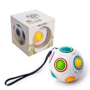 digitCUBE Magic Ball Spielzeug - 3D Puzzle Geschicklichkeitsspiel für Kinder - ideales Mitgebsel für Jungen und Mädchen Kindergeburtstag - spannendes Regenbogenball Geduldspiel