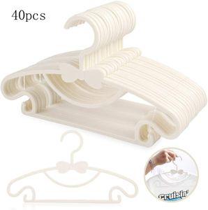 40 Stück Mitwachsende Kinderkleiderbügel Platzsparend mit Stapelbaren Bärchen-Haken Rutschfeste Kleiderbügel für Babys und Kleinkinder, Weiß