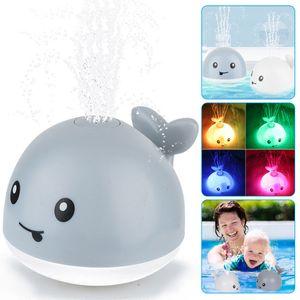 Badespielzeug Kinder, Induktionswassersprüh Walform Baby Wasserspielzeug mit Licht und Musik, Schwimmende Badespielzeug für Baby Kinder(Grau)
