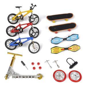 1Set Mini Roller Zwei Rad Roller kinder Pädagogisches Spielzeug Finger Roller Bike Griffbrett Skateboard
