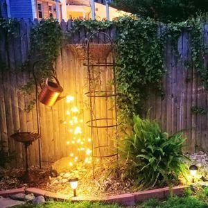 DIY LED Gartenleuchte Lichterbündel Gießkannen-Dekor Lichterketten, abnehmbare Halterung + Gießkannen + Lampe Kannegröße 14*18*28cm