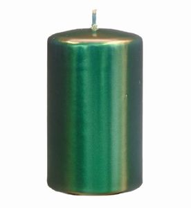Stumpenkerzen glänzend lackiert in Metallic Dunkelgrün, 13 x 7 cm, 4 Stück, Metallic Kerzen, Kerzen mit samtig seidiger Kerzenoberfläche