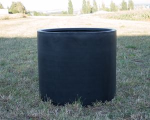 Pflanzkübel Fiberglas, zylindrisch D60xH50cm schwarz-matt.