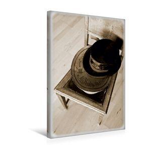 Calvendo  Textil-Leinwand 30 cm x 45 cm hoch Zylinder und Hutschachtel, Marten Martina; 7363608