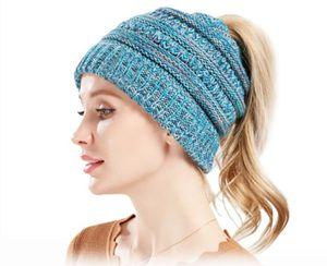 Damen & Mädchen Strickmütze mit Zopfloch für Ihren Pferdeschwanz -Wintermütze
