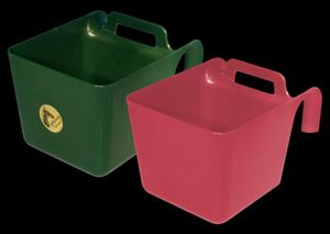 Kunststoff Turnierkrippe Pferdekrippe Fohlenkrippe 11 Liter grün