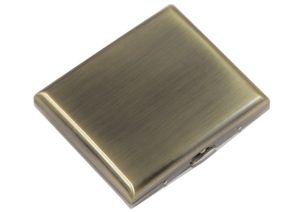 """ATTUY® """"Business Dallas"""" hochwertiges Premium Zigarettenetui in der Geschenkbox für 18 Zigaretten, Farbe Kupfer im Metall-Look, Etui mit Metallspange / Klammerhalterung ohne Muster"""