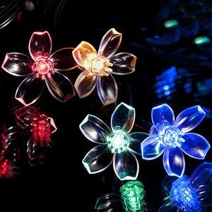 100 Mehrfarbigen LED Blume Solarlichterketten - Solarbetriebene Wasserfest Solar Garten Lichterketten - Solarlampen mit Eingebaut Nacht Sensor, Kette und Erdspieß - Solar Lichterkette für Außen, Zaun