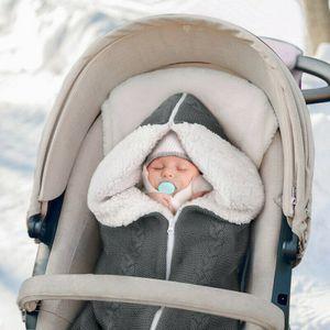 Melario Baby Winter Einschlagdecke Wickeldecke Schlafsack Decke für Kinderwagen Bett Grau