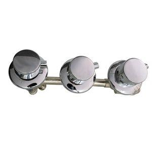 Thermostat-Armatur 3 Regler mit 4 fach Umschalter für Whirlpool und Wannen