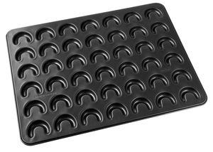 Zenker 3485 / 7420 Vanillekipferl-Backblech für 42 Kipferl, antihaftbeschichtet, 42 x 32 cm, schwarz (1 Stück)