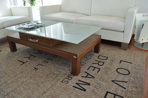 Design Couchtisch Tisch V-470H Nussbaum / Walnuss Milchglas Carl Svensson