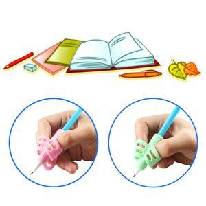 10 Stück / Set Kinder Stift Halte Zwei Finger Haltungskorrektur Werkzeug, Kinder Schreibhilfe Weiche Gummistifthalter-Zufallsfarben