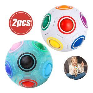 2 Stück Magic Ball ,Regenbogen Ball, Zauberwürfel, 3D Puzzle Ball ,Pädagogische Spielzeug  Weiß + Leuchtend