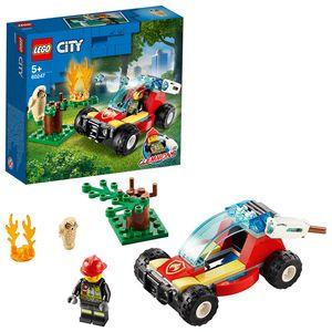 LEGO 60247 City Waldbrand, Kinderspielzeug mit Buggy und Feuerwehrmann, Spielzeugauto toll als Geschenk für Mädchen und Jungen ab 5 Jahre