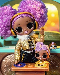 MGA Entertainment 574217E7C L.O.L. Surprise OMG 3.8 Doll- 24K DJ