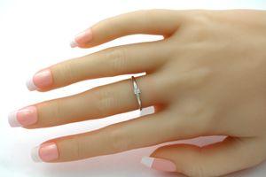 Solitär Ring Weissgold 375 Diamant Brillant 0,04ct W/I1 Krappenfassung Verlobungsring 19