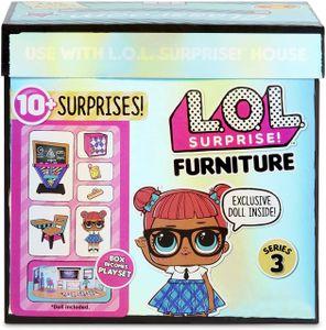 L.O.L. Surprise! L.O.L. Surprise! Furniture Classroom with Teachers Pet Doll