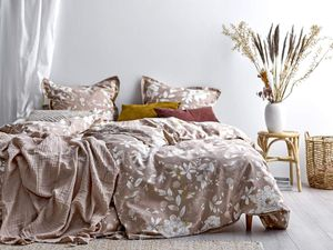 Södahl Bettwäsche Bettgarnitur 135x200 und 80x80 skandinavisches Blumendesign Garden Bloom beige