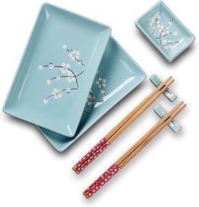 Panbado Porzellan Sushi 8-teilig Set, Japanisch Sushi Teller mit Dipschälchen, Bambus Essstäbchen und Essstäbchen Ablage für 2 Personen, Sakura Muster, Blau Farbe, Japanisches Design
