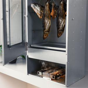Navaris Kaltrauchgenerator aus Edelstahl - 17x22,5x4,5cm - M Form Sparbrand Kaltraucherzeuger für Räucherofen - Kaltrauch Smoker Raucherzeuger